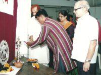 २०११ : लक्ष्मणराव देशपांडे  (18/18)